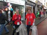 Volunteers collecting rubbish - Fleadh 2014